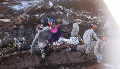 VÍDEO: homem cai em córrego na Ernesto Geisel quando ia para o trabalho