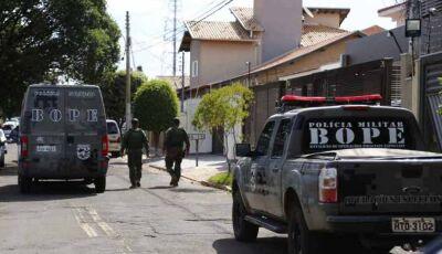 Bope invade casa e prende pastor que agrediu e ameaçou de morte mulher transmitindo ao vivo