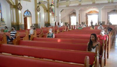 Igrejas poderão abrir com 60% de sua capacidade