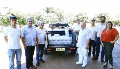 Rotary Club/Usina Agro energética de Fátima do Sul doam 300 litros de álcool gel ao Hosp. de Itaporã