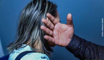 Com 600 casos de violência doméstica por mês, proposta quer acompanhamento psicossocial para vítimas