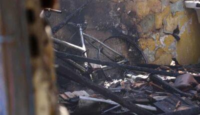 Mulher briga com o marido e coloca fogo na residência durante a madrugada em MS