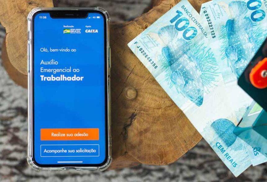 Proposta do governo é mais duas parcelas de R$ 300,00