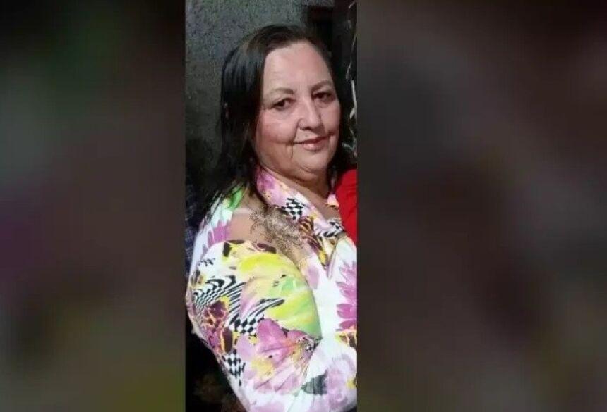 Morte de Maria, vítima da covid-19, é lamentada por parentes em rede social.