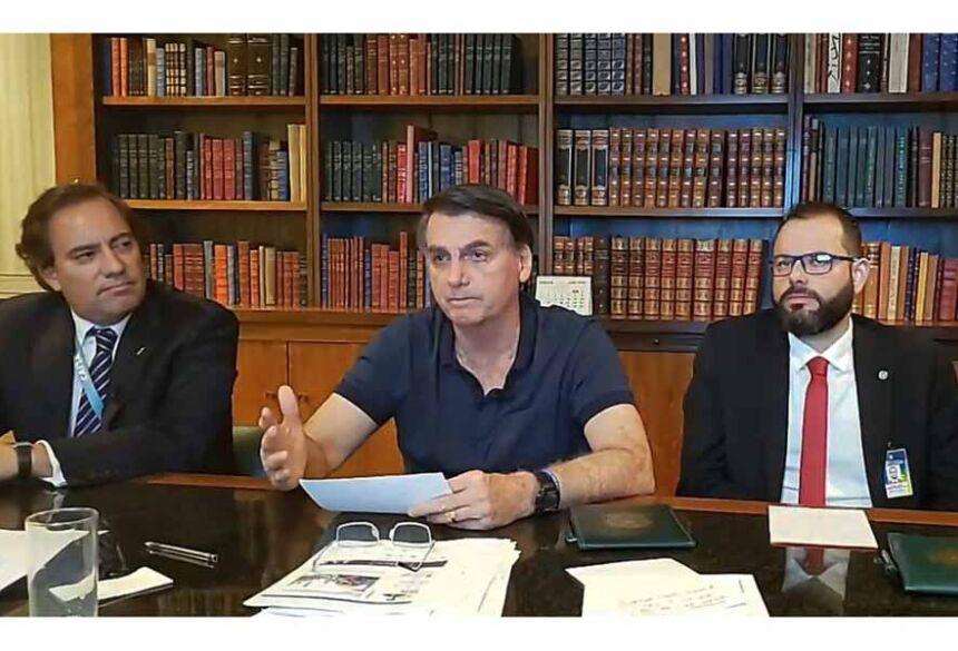 A informação veio durante a live semanal de Bolsonaro nas redes sociais.