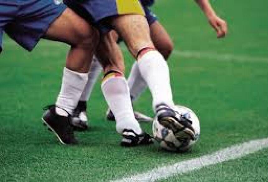 Os atletas que testaram positivo começaram a treinar de forma online.