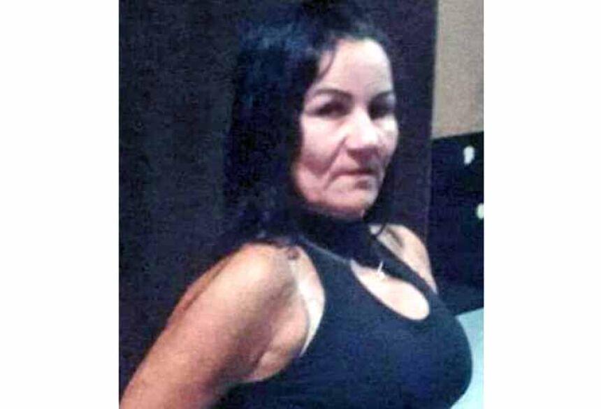 Lucineide Maria dos Santos Ortega, 51, que foi assassinada com um tiro nas costas, pelo ex-marido identificado como Rosemir Fernandes, 52