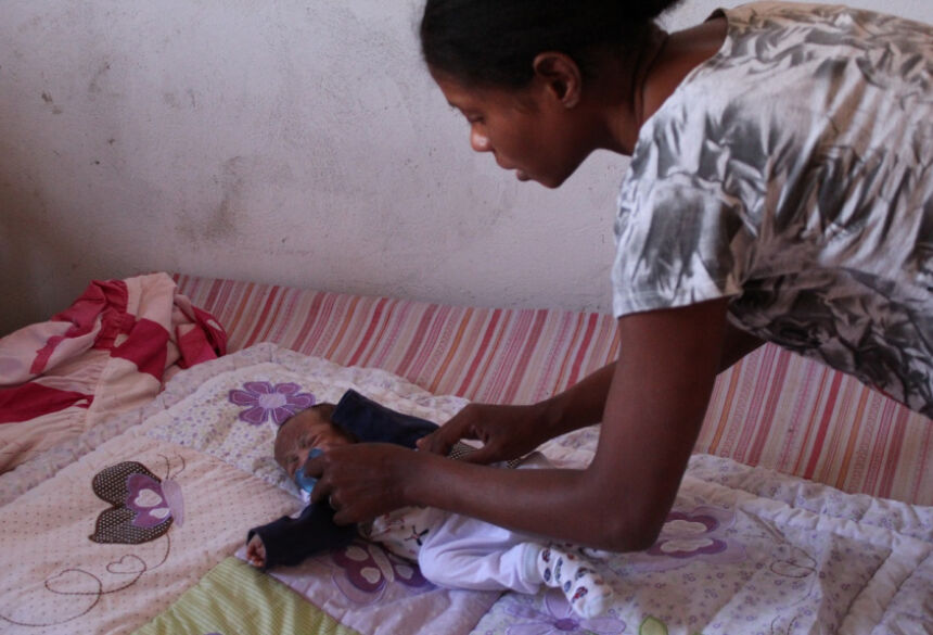 Mãe de gêmeos, Bruna da Silva, de 25 anos