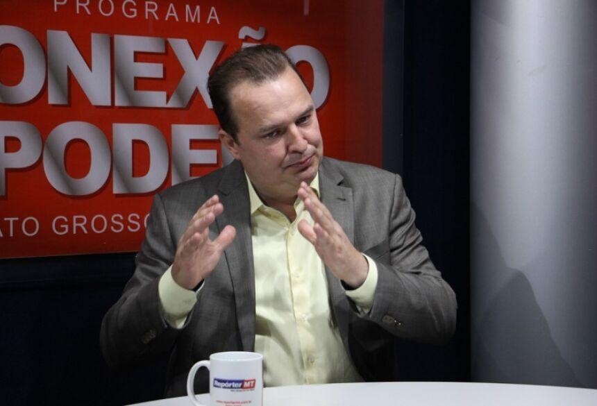 O deputado Max Russi (PSB) declarou, em entrevista ao Conexão Poder, que Mato Grosso está perdendo a guerra para o coronavírus.