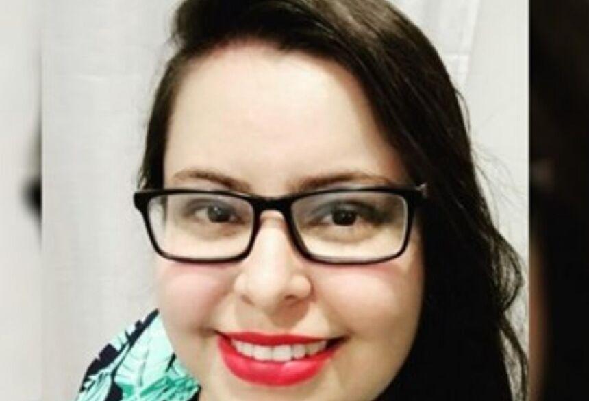 Camila Graciano, de 31 anos, morreu com Covid-19, em Anápolis — Foto: Reprodução/Facebook