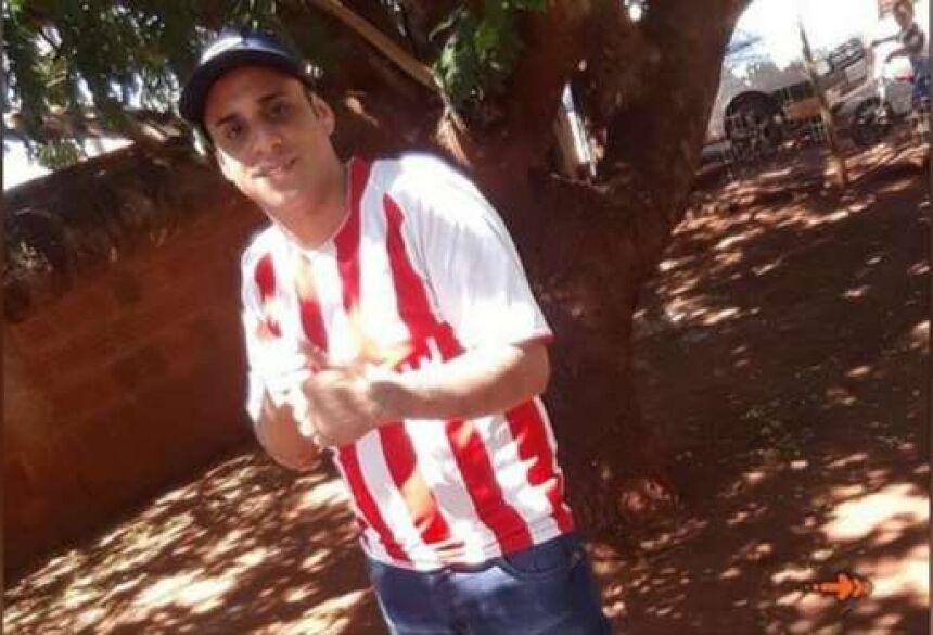 Joelson Mesquita Dourado, 31 anos, morreu na noite de ontem (20)