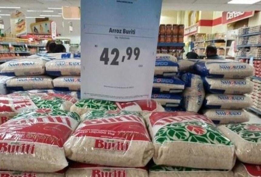 Pacote de arroz estava sendo comercializado por R$ 42,99
