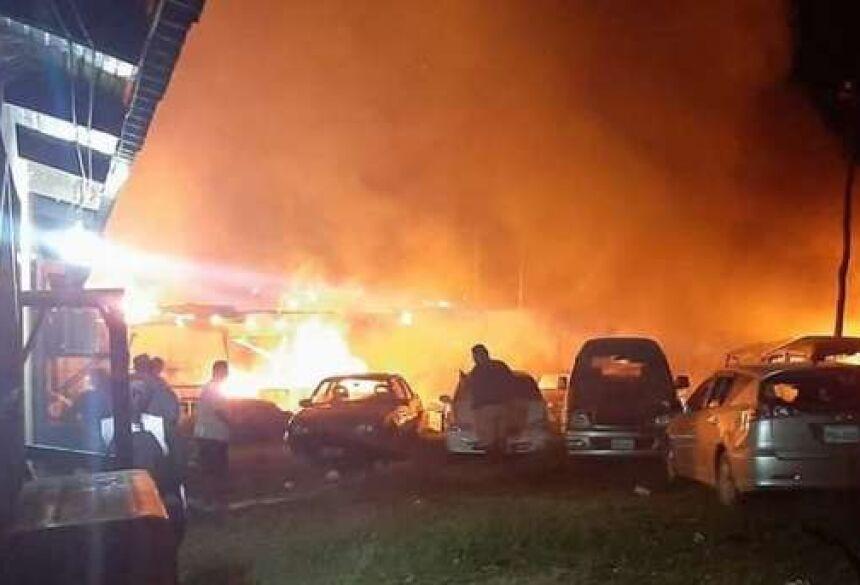 Eles estavam revoltados com um atropelamento que causou três mortes na região