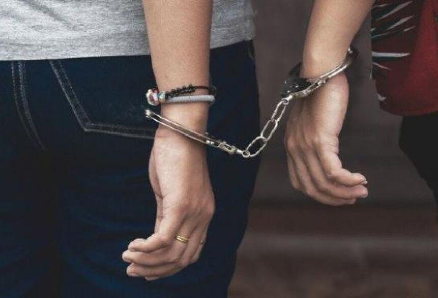 As gêmeas foram presas e encaminhadas para Central de Flagrantes