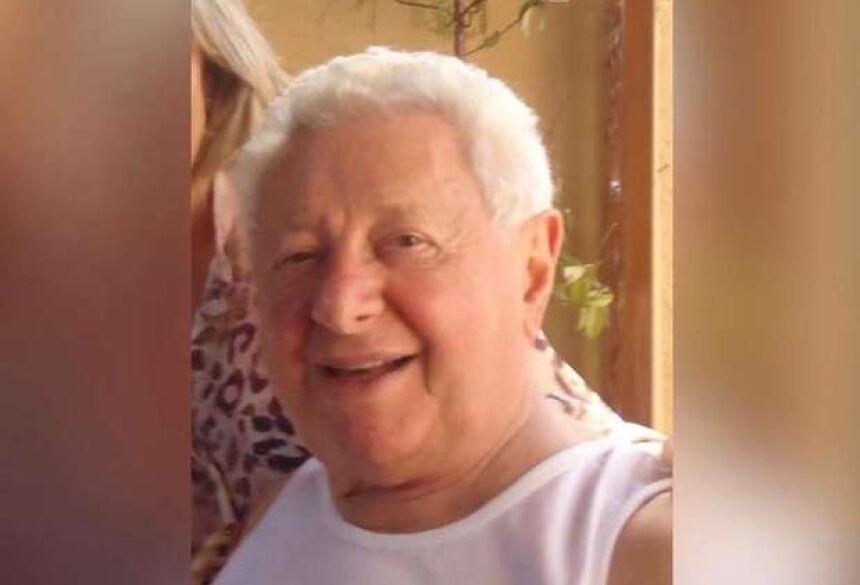 Aos 84 anos, o empresário Carlito Nahas, conhecido como 'Papai'