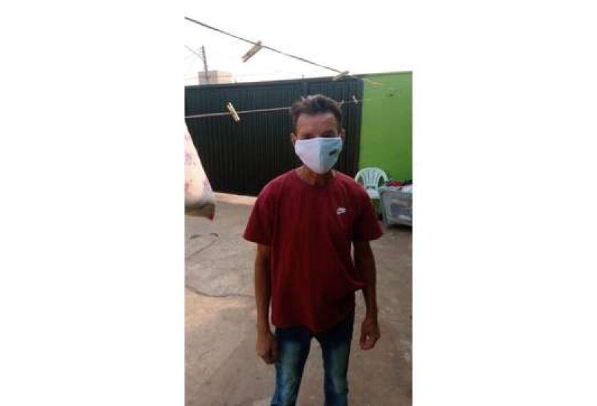Ramon Rodrigues do Nascimento, 55 anos, foi diagnosticado com o novo coronavírus e, sem emprego