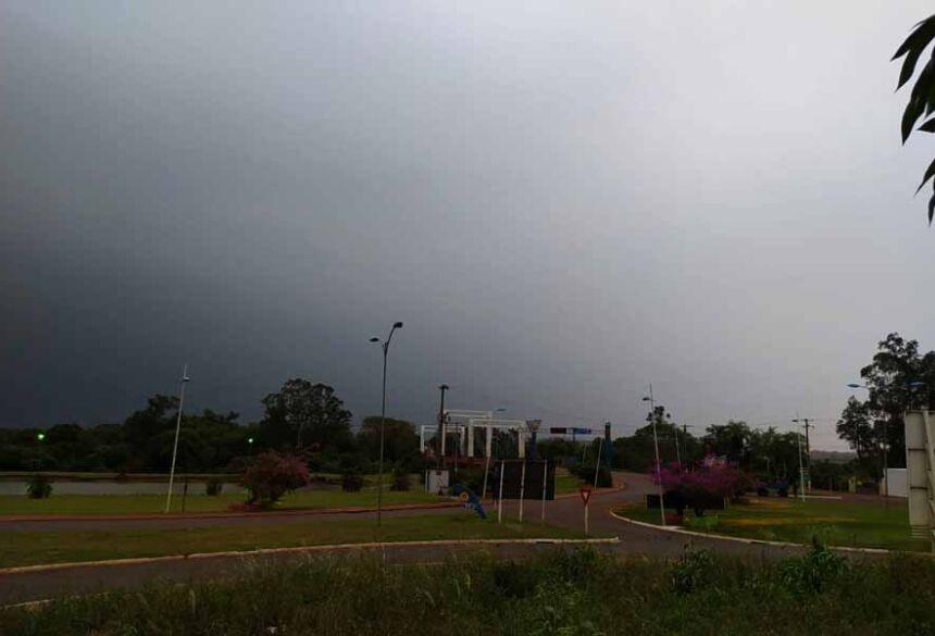 Ventania muito forte aconteceu nesta manhã em Fátima do Sul