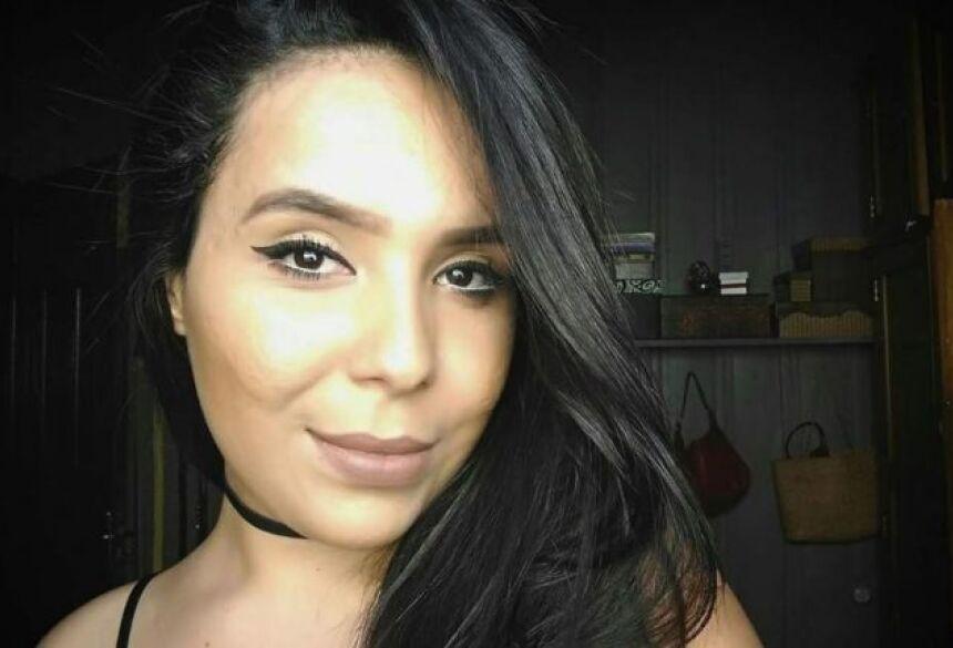 Letícia morreu aos 25 anos, vítima de acidente. Foto: Reprodução/Facebook