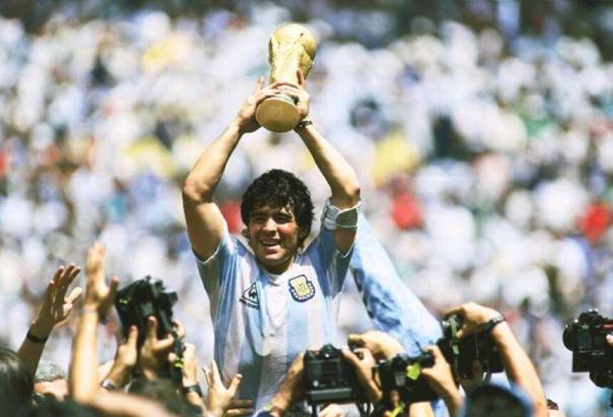 O maior jogador de futebol argentino, Diego Maradona morre aos 60 anos - Crédito: REPRODUCAO