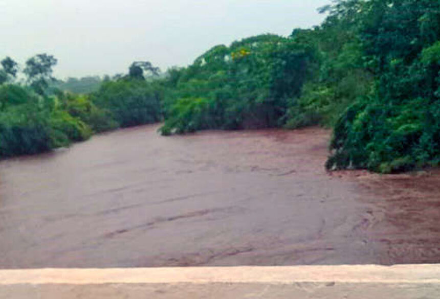Rios Taquari, Aquidauana e Miranda estão com nível de alerta por superar metragem
