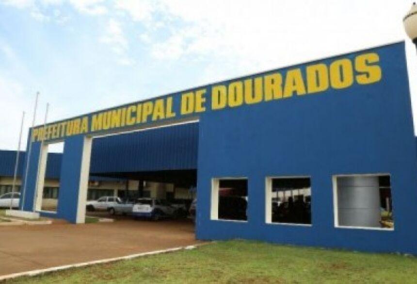Decreto foi expedido pelo prefeito de Dourados (Foto: A. Frota
