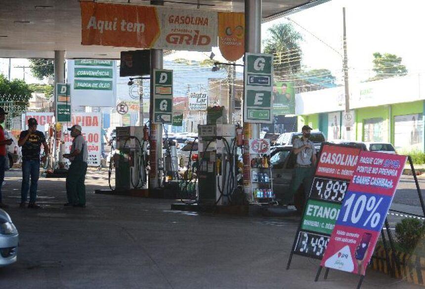 Procon Estadual dá 10 dias para sindicato explicar aumento do etanol - Álvaro Rezende