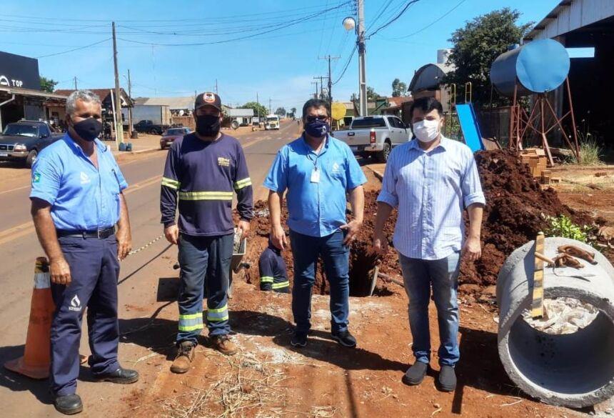 O Prefeito Marcos Benedetti Hermenegildo, visitou as obras da empresa junto com o gerente da regional Dourados Madson Valente.