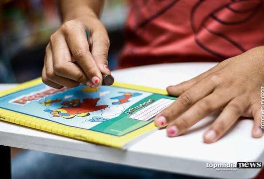 A criança diz que não quer voltar a frequentar a casa do pai, - Crédito: Wesley Ortiz/Ilustração/TopMìdiaNews