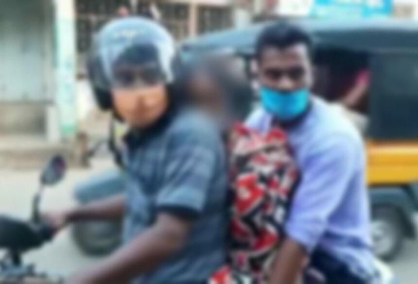 Os filhos levaram a mãe ao crematório por falta de ambulâncias. (Foto: Reprodução)