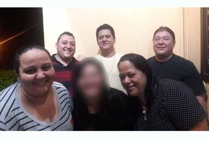 Cinco irmãos e o pai foram vítimas fatais da doença. (Foto: Reprodução/Redes Sociais)