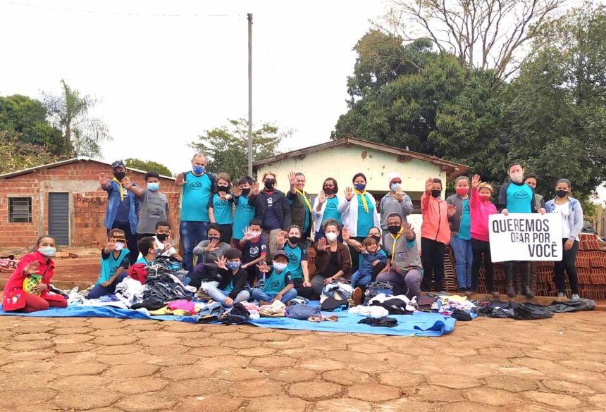 Parte dos integrantes do Projeto Missão Calebe no Jardim Eliane