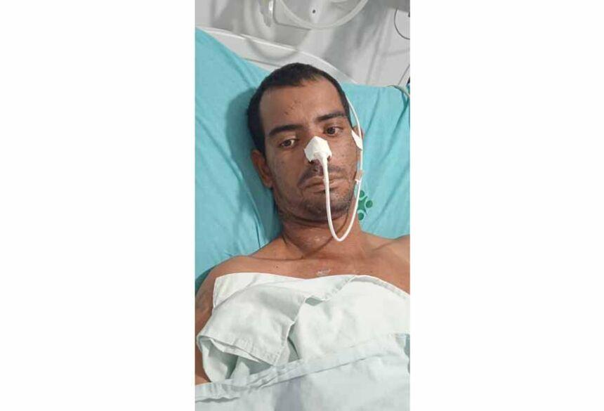 Lucio Flávio, 33 anos está com o seu quadro clínico ruím, está perdendo a visão de um olho e não está se locomovendo.