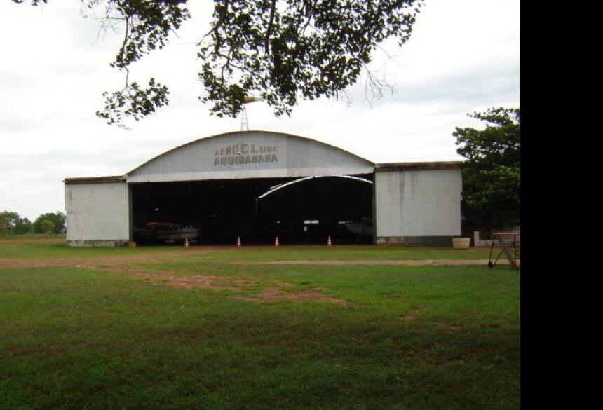 Hangar foi invadido na madrugada - Foto: Reprodução, Mapio