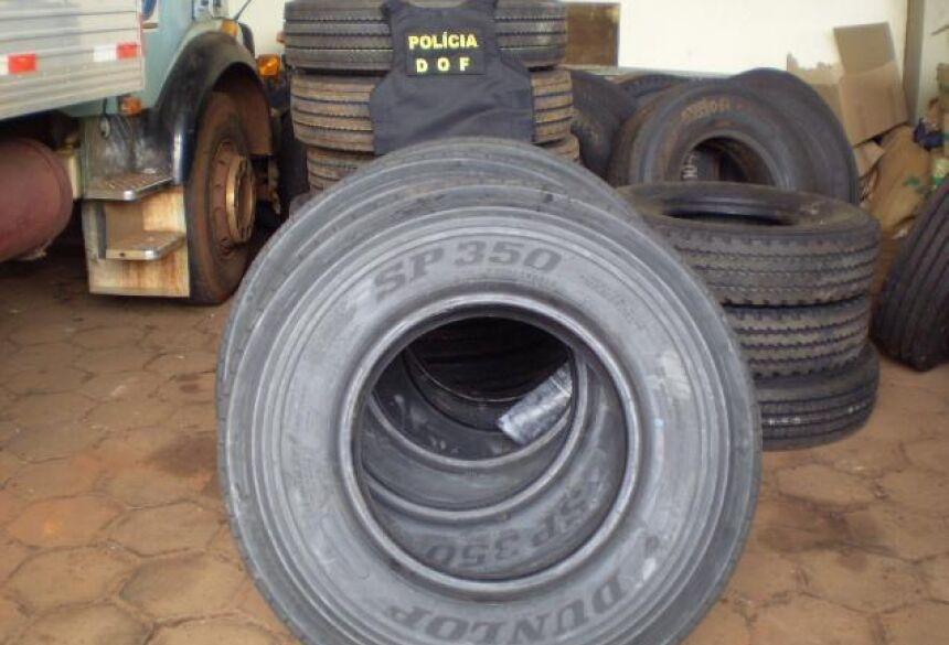 Carregamento de pneus foi apreendido em ônibus que iria para Deodápolis