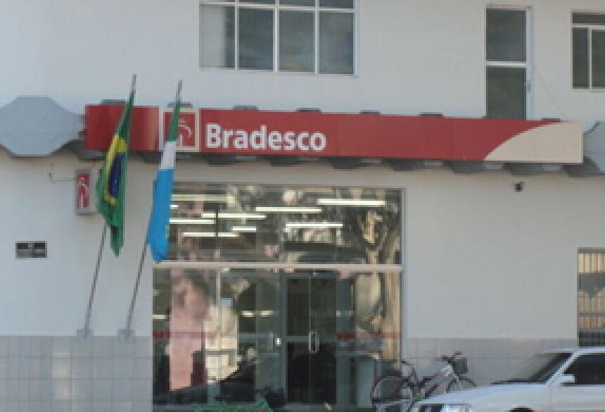 Agência do Bradesco de Iguatemi MS. (Foto: Iguatemi Agora)