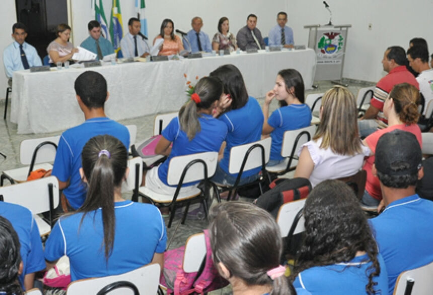 Sessão Itinerante aconteceu no distrito de Nova Esperança em Jateí (Foto: Rogério Sanches / Fátima News)