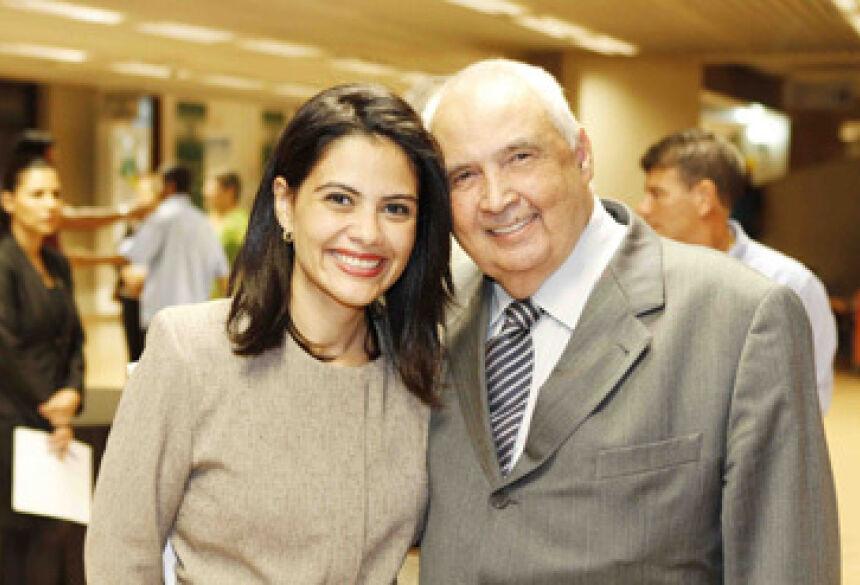 Londres Machado ao lado de Grazielle (Foto: Fernando)