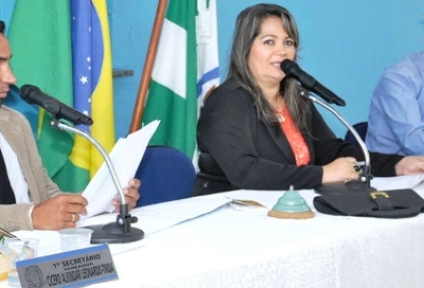 Mesa Diretora da Câmara Municipal de Jateí, sessão itinerante será hoje (Foto: Rogério Sanches / Fátima News)