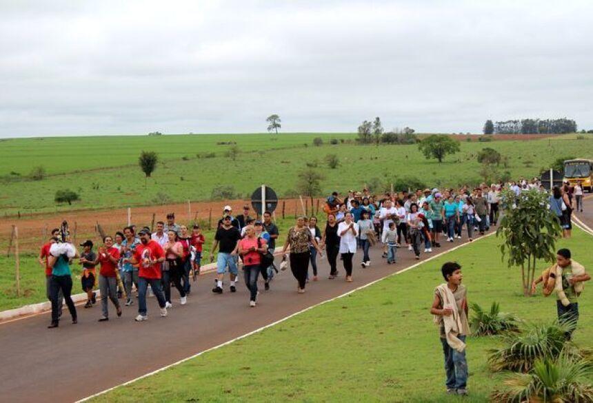 Procissão sairá do distrito de Nova Esperança com destino a Igreja de Jateí (Foto: Sidnei Ribeiro/Jateí Vip)