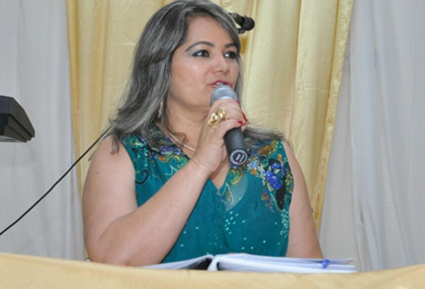 Presidente Rose Mônica, de Jateí (Foto: Rogério Sanches / Fátima News)