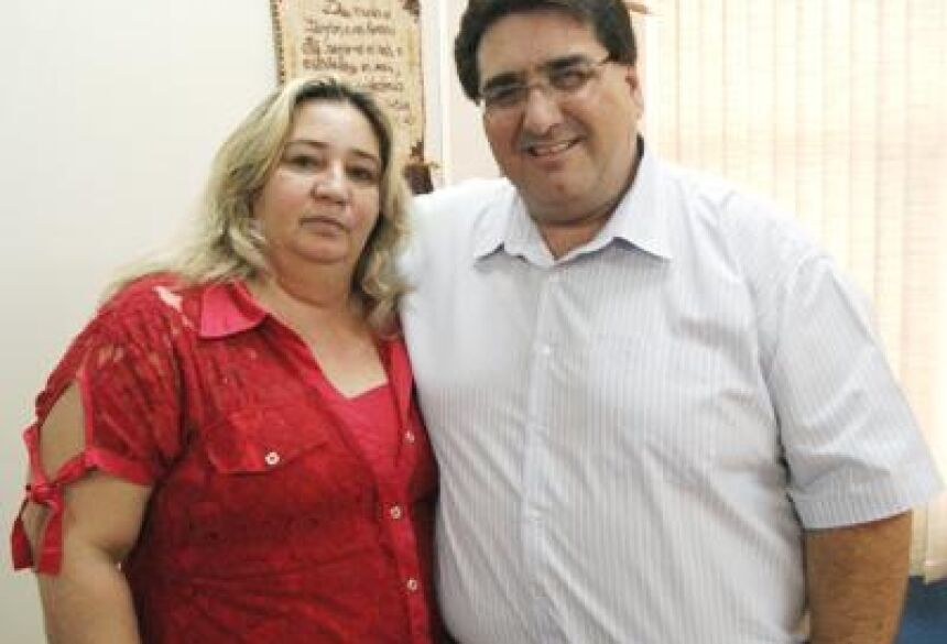 Prefeito Arceno com Secretária Cibele (Foto: Demerval Nogueira)