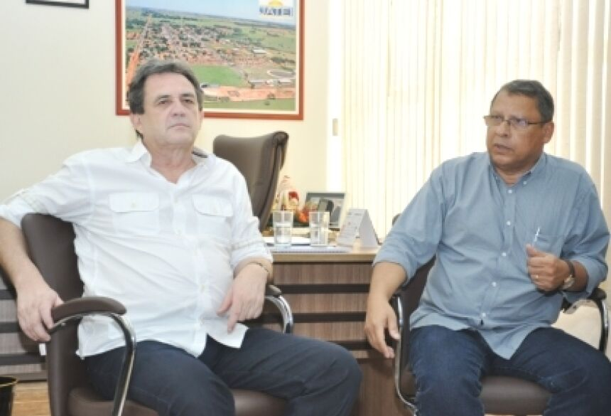 Senador Moka com prefeito Arilson Targino (Foto: Rogério Sanches / Fátima News)
