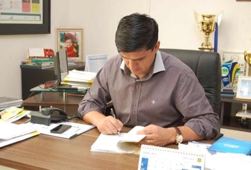 Prefeito de Fátima do Sul, Júnior Vasconcelos - Foto: Ribero Junior