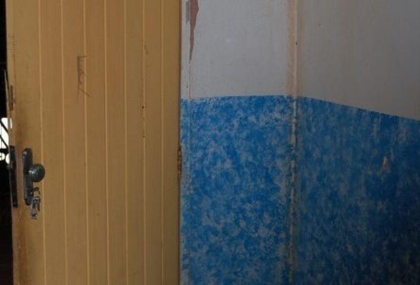 Foto: Eucontotudo.com Primeiro tiro atingiu parede da residência