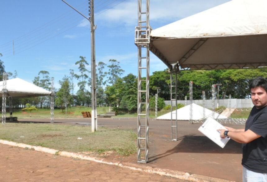 Elvis mostrou todo procedimento de segurança e organização de todo o evento - Foto: Rogério Sanches / Fátima News