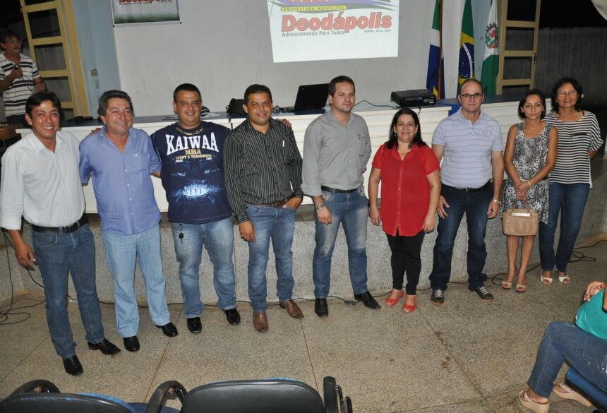 Gerentes e a Prefeita Maria Viana. Foto: Eliton Santos (Impacto News)