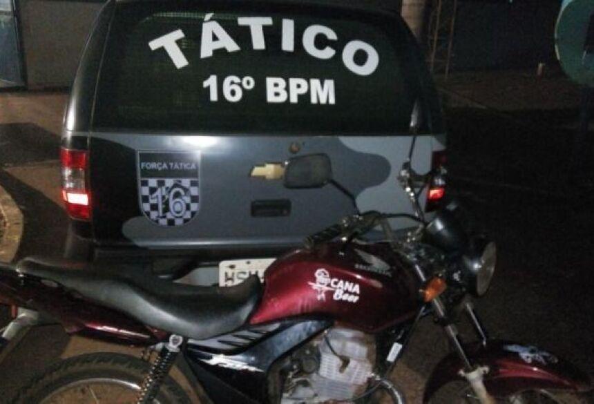 Policiais Militares da Força Tática avistaram em uma moto Honda Fan 125 cor Bordo - FOTO: FÁTIMA NEWS