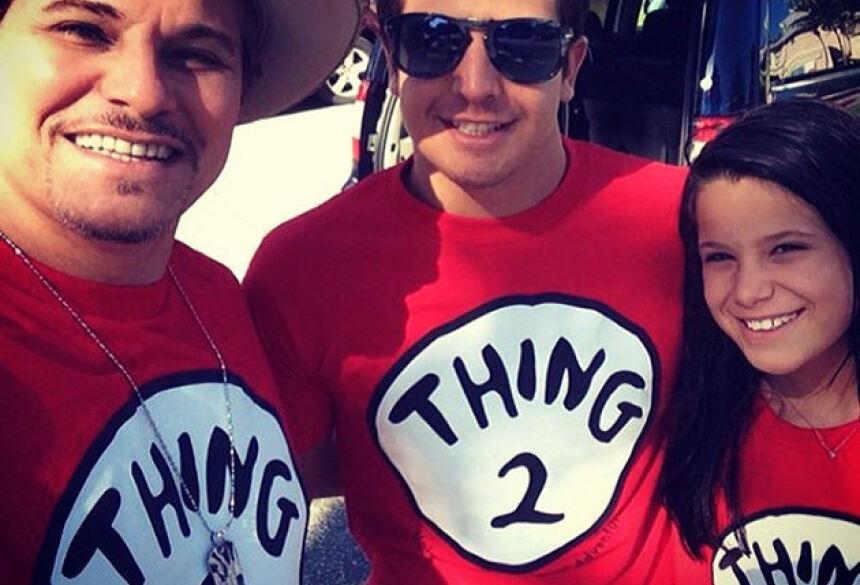 Atriz posta foto do ex com os filhos Enzo e Sophia (Reprodução: Instagram)