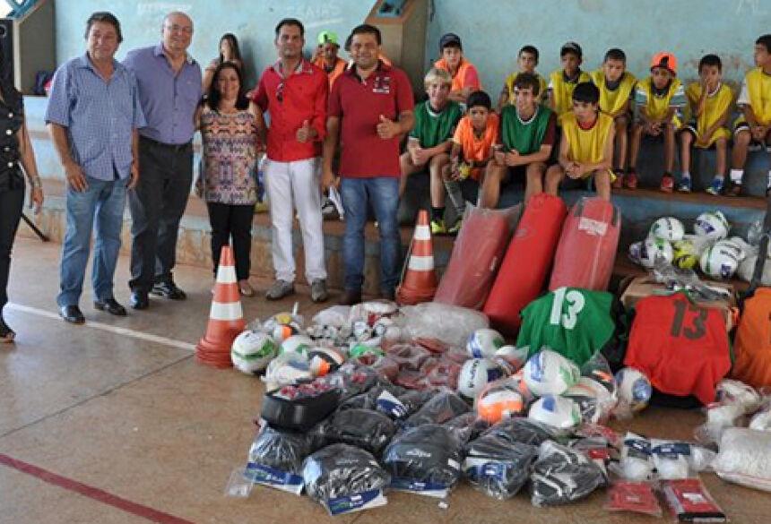 Prefeita Maria Viana com deputado Tetila, vereador Juninho e diretores - Foto: Eliton Santos / Impacto News