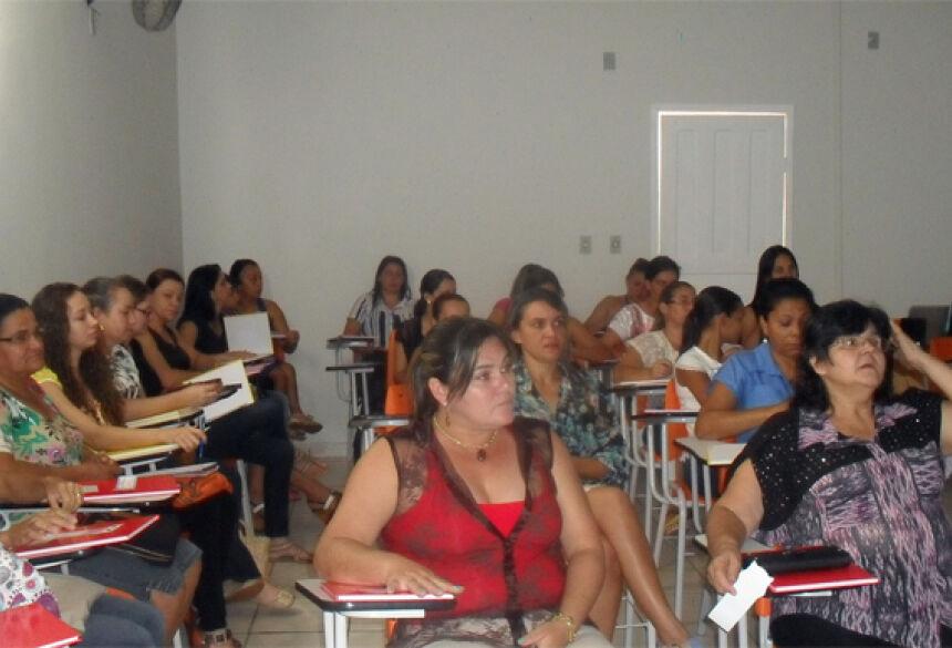 Foto: Divulgação. Profissionais participantes do curso de Formação Continuada